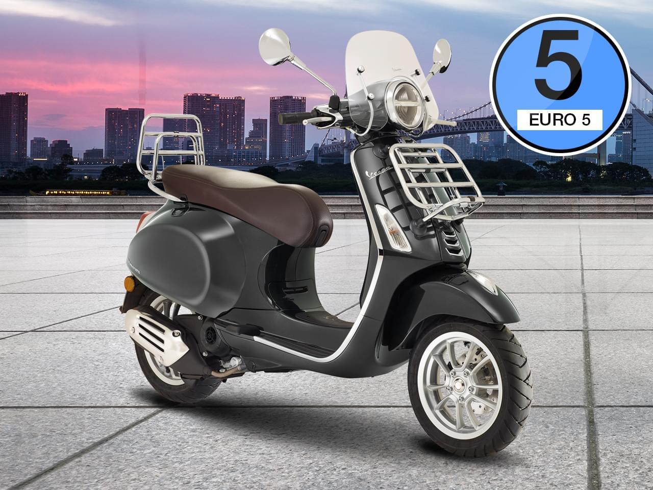 Vespa Primavera Touring 50 4T 3V i-get - Modell 2021